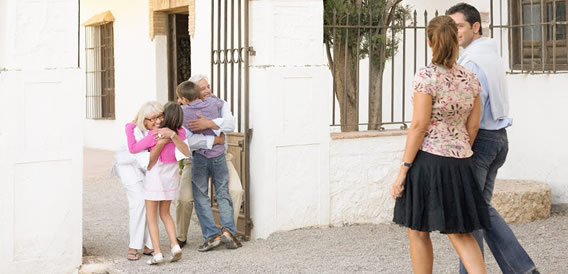 grandes-imoveis-podem-abrigar-idosos-e-jovens-de-modo-confortavel-e-seguro-fotodestaque